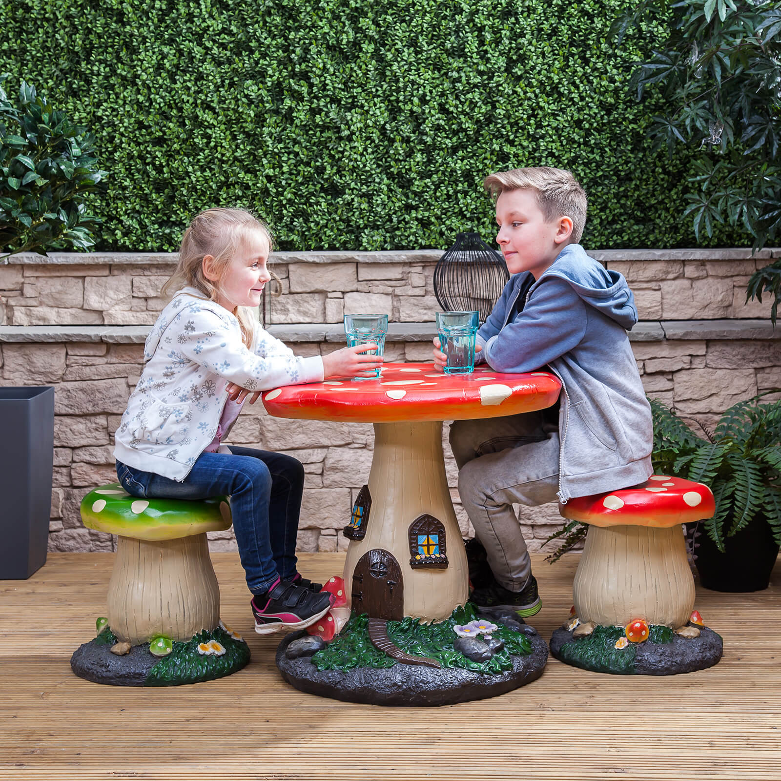 Kids mushroom outdoor garden patio table stools for Kids sitting furniture