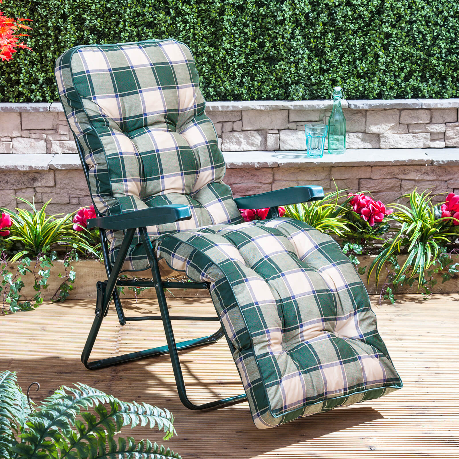 alfresia garden reclining relaxer green adjustable chair with